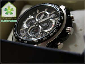 EF 560D 9 300x225 Đồng hồ Casio EF 560D