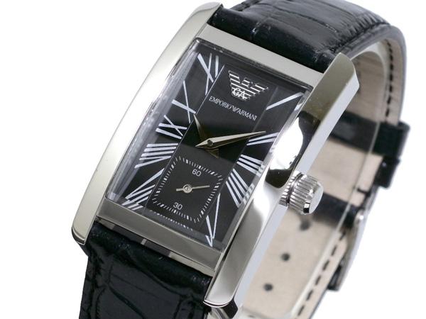 Chụp xéo đồng hồ nam Armani AR0143 mặt vuông nổi bật.