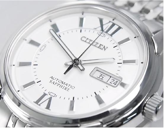 Đồng hồ nam Citizen NH8335-52AB vạch chỉ giờ số LA MÃ
