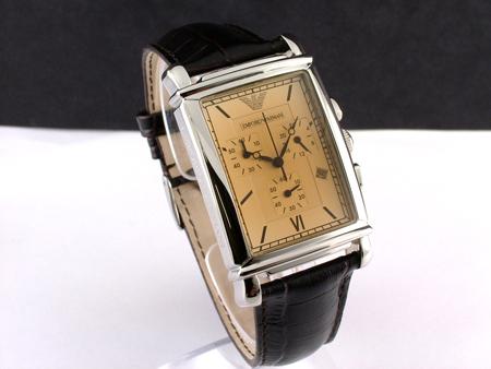 Đồng hồ chính hãng Armani AR0285 chụp tại show room đồng hồ Tre Vàng