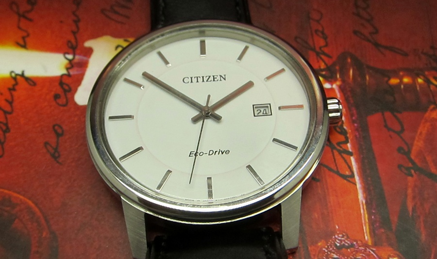 Chi tiết mặt trước đồng hồ nữ Citizen BM6750-08A eco drive