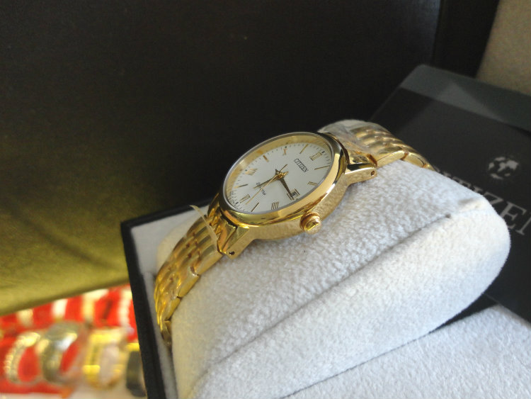 Đồng hồ Citizen EW1582-54A Eco Driver trọn bộ