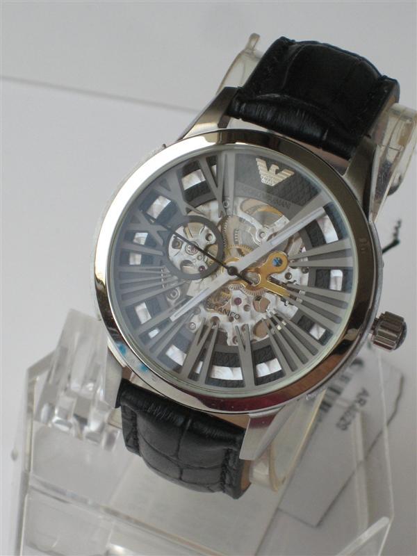 Đồng hồ cơ Armani AR4629 phong cách chính hãng.