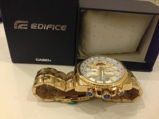 Đồng hồ nam Casio EF 558 SG 7 AV và vỏ hộp chính hãng