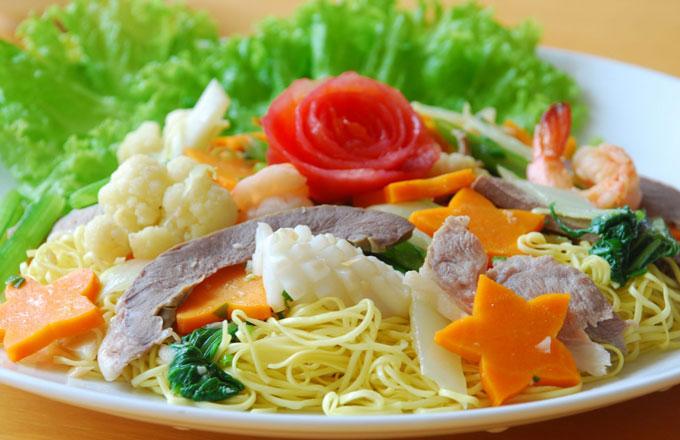 Món xào thập cẩm bếp điện đôi từ và hồng ngoại saniyo fh2