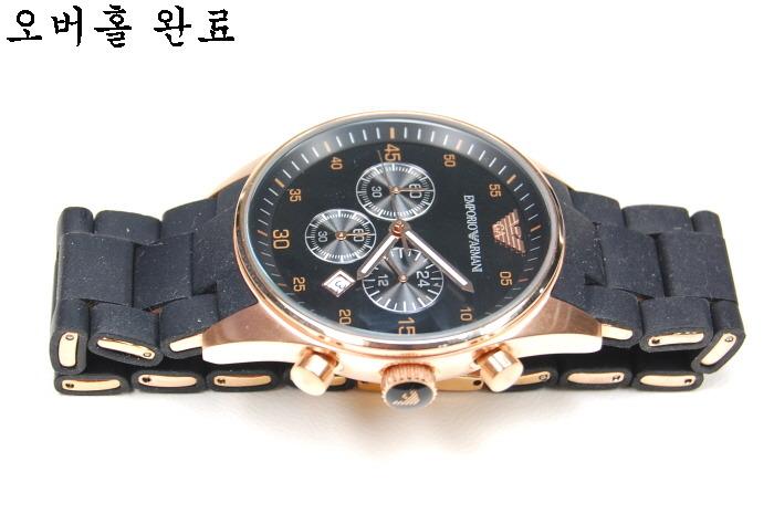 anh-chup-nam-dong-ho-armani-ar5905