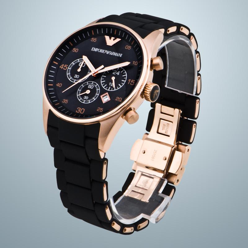 Chiếc đồng hồ Armani AR5905 đẳng cấp, sang trọng.