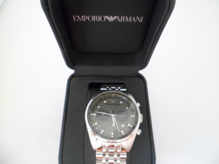 Hộp đựng sang trọng đồng hồ nam Armani AR5997 chính hãng