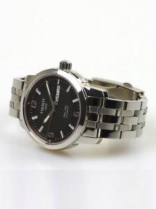 Đồng hồ nam Tissot 1853 T014.430.11.057.00 chụp nghiêng