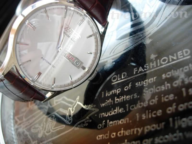 Đồng hồ Tissot 1853 Automatic T14.430.16.031.00 mặt sapphia, dây da mềm cao cấp.