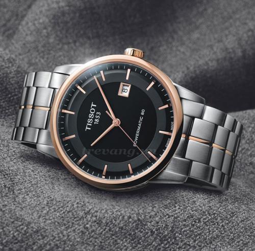 Đồng hồ đeo tay nam Tissot 1853 T086.407.22.051.00 ảnh chụp ngang.