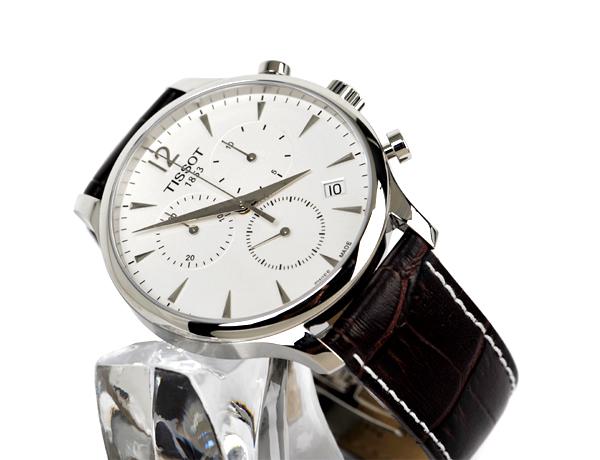 Đồng hồ Tissot T063.617.16.037.00 chụp nghiêng