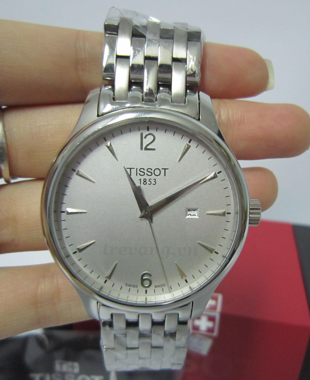 Đồng hồ nam Tissot 1853 T063.610.11.037.00 trên tay