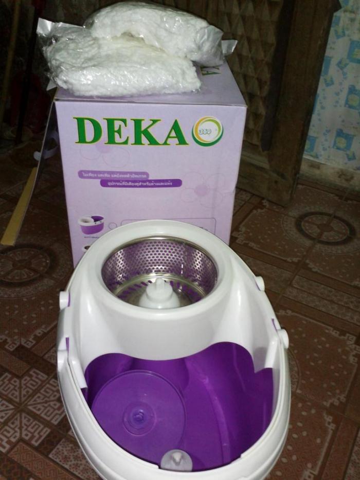 Chổi lau nhà Deka có chân đạp