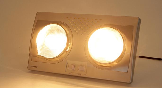 Đèn sưởi nhà tắm Heizen HE-2B176 mạ bạc