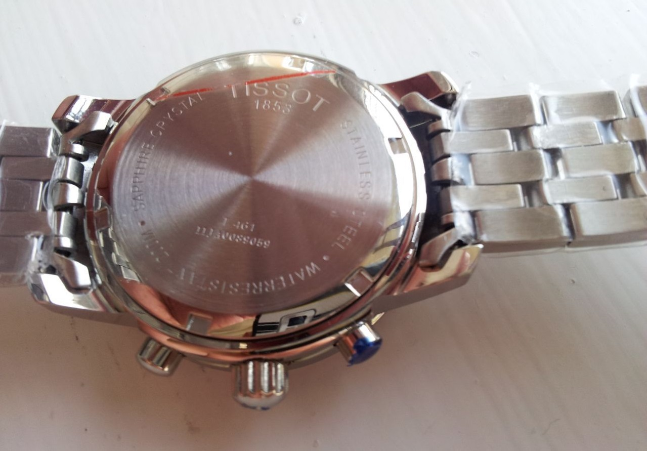 Đồng hồ nam Tissot 1853 T17.1.586.52 PRC 200 thiết kế mặt lưng trơn bóng