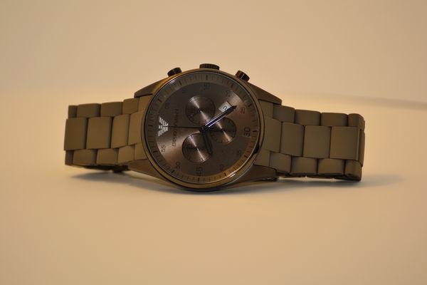 Ảnh thực tế Đồng hồ nam Armani AR5950 phong cách tại Tre Vàng 3