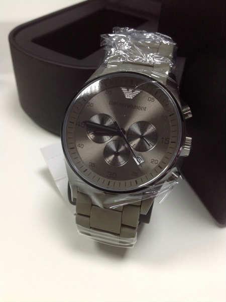 Ảnh thực tế Đồng hồ nam Armani AR5950 phong cách tại Tre Vàng.