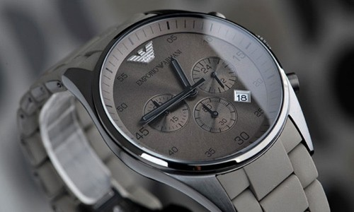Đồng hồ nam Armani AR5950 mặt trước.