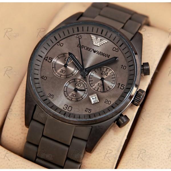 Đồng hồ nam Armani AR5950 mặt trước hết sức đặc biệt. dong-ho-nam-armani_ar5950_sportivo_grey_silicon_chronograph_latest