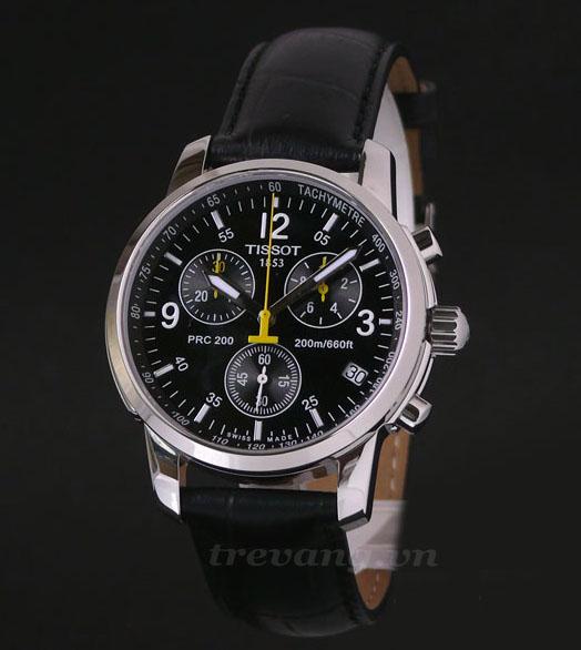 Đồng hồ Tissot T17.1.526.52 mặt đen cuốn hút.