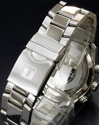 Đồng hồ nam Tissot 1853 T17.1.586.32 mặt lưng, dây đeo và chốt gập.