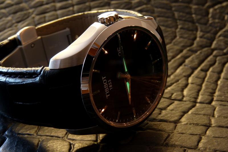 Đồng hồ Tissot 1853 T035.410.16.051.00 thiết kế tinh tế