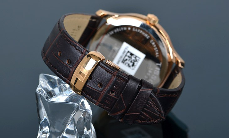 Đồng hồ nam Tissot 1853 T063.617.36.037.00 dây da mềm mại