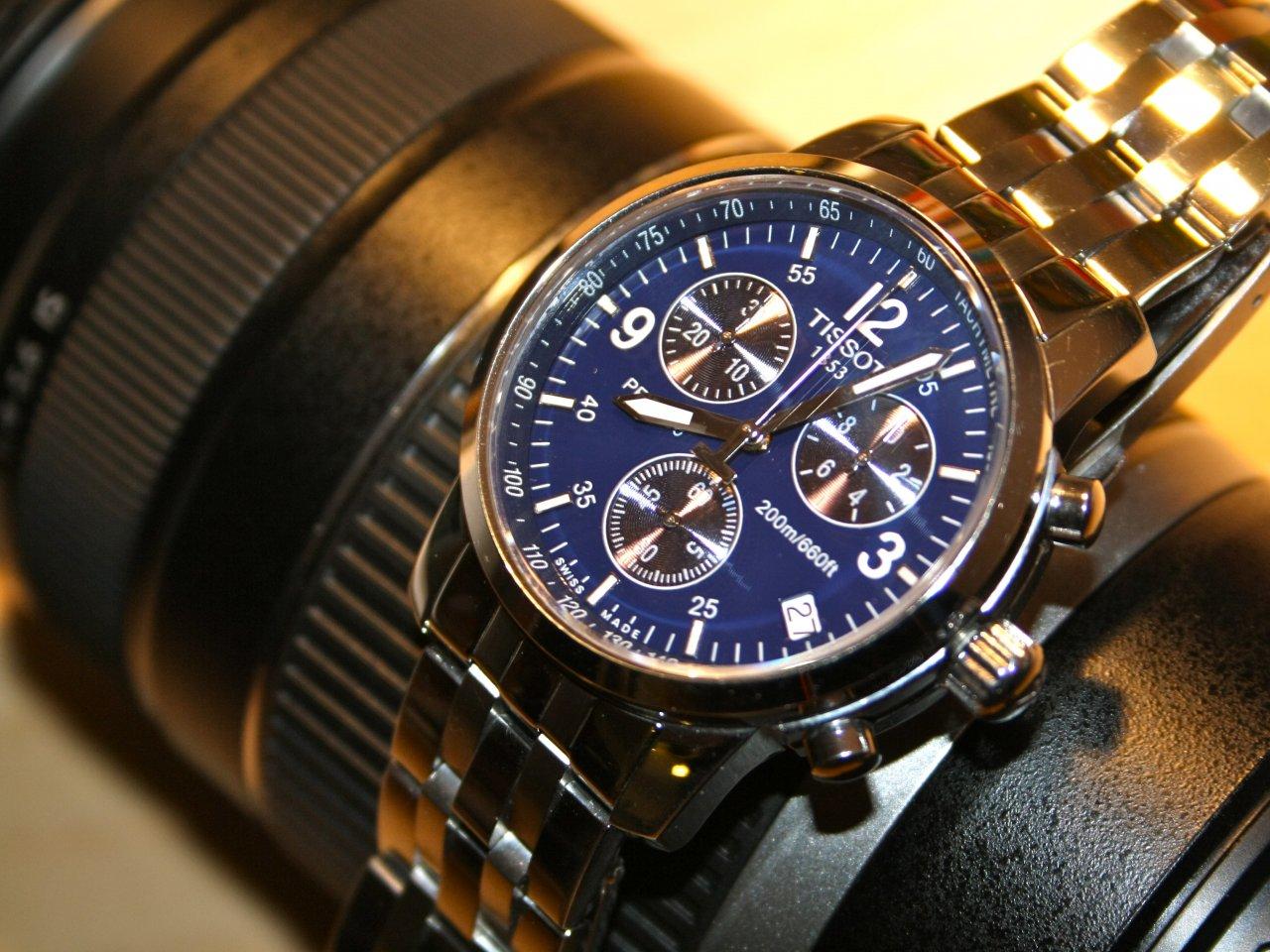 Đồng hồ Tissot nam T17.1.586.42 mạnh mẽ và lịch sự