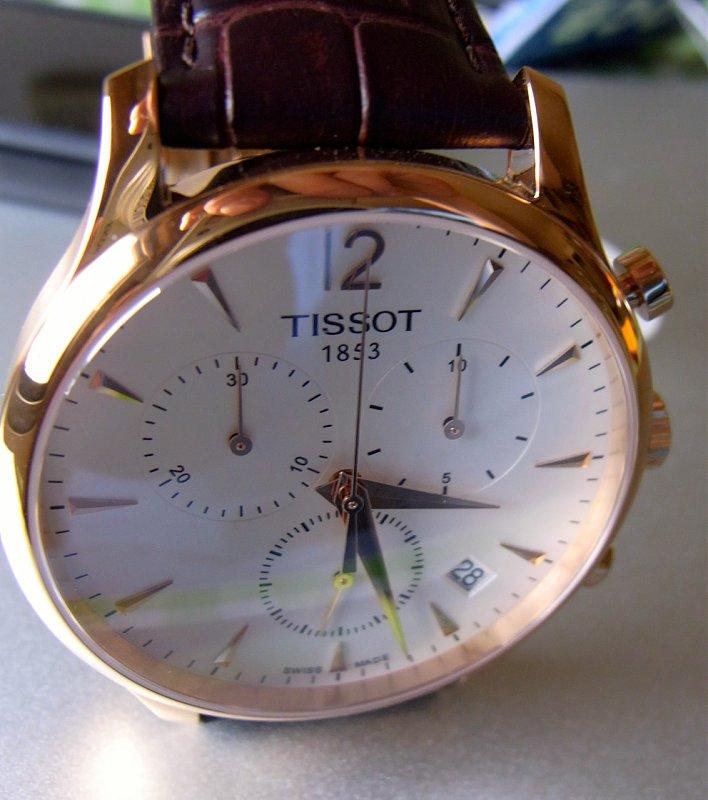 Đồng hồ nam Tissot 1853 T063.617.36.037.00 kính sáng bóng bền
