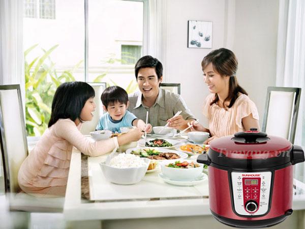 Bữa ăn ngon cùng gia đình Nồi áp suất điện Sunhouse SHD1757