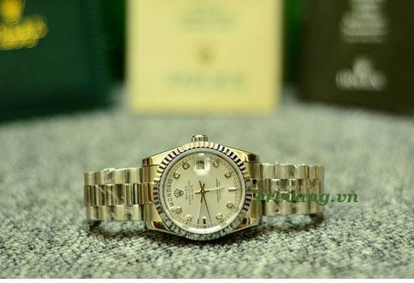 Đồng hồ đeo tay nam Rolex R.602 đẹp tinh tế