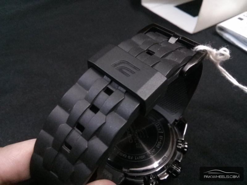 Dây nhựa mềm dẻo Đồng hồ Casio chính hãng EF-550PB-1A