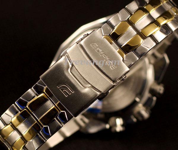 Đồng hồ Casio nam EF-550SG-7A chốt gập 3, nhấn 1 lần