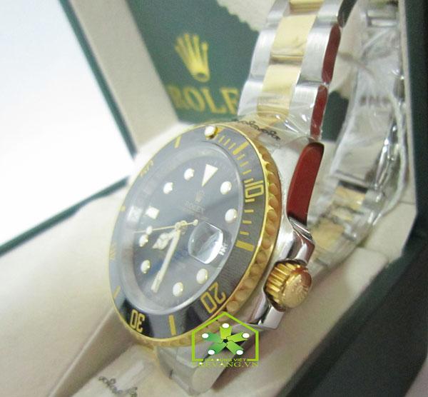 Đồng hồ nam cao cấp Rolex R.1100 chụp nghiêng góc độ đẹp