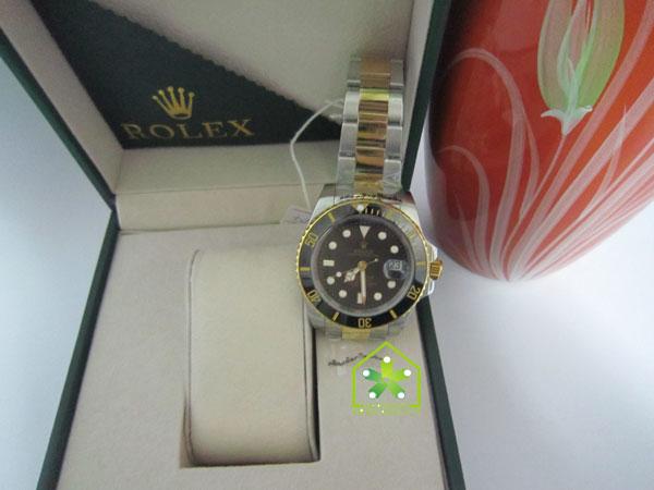 Đồng hồ nam cao cấp Rolex R.1100 đeo tay