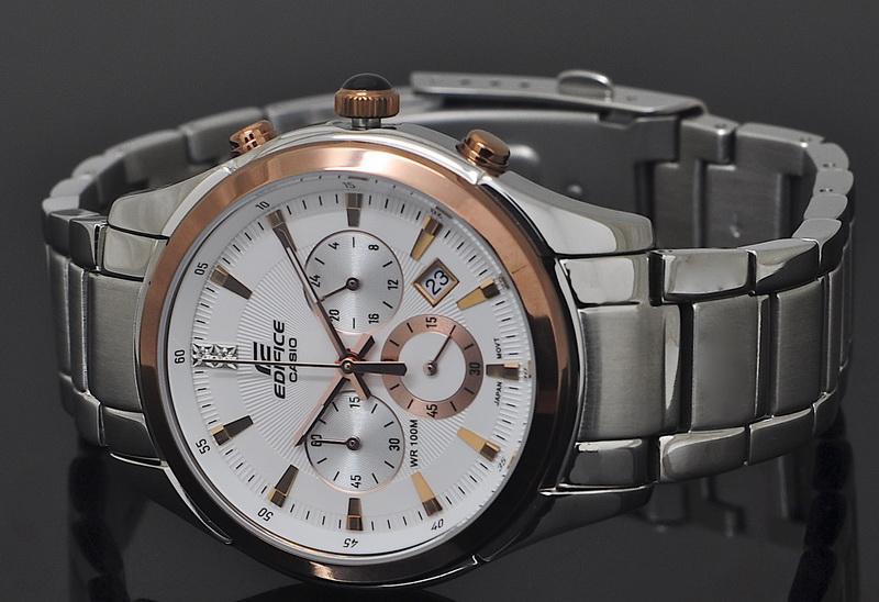 Đồng hồ Casio EF-530D-7A mặt trắng dây hợp kim