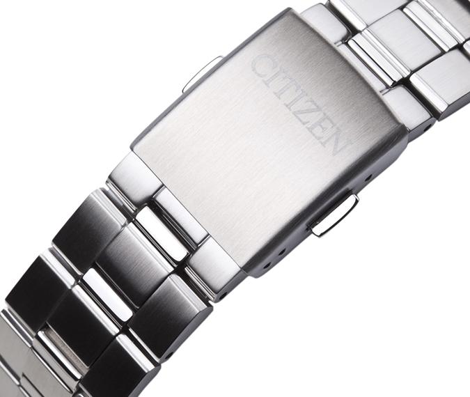 Đồng hồ Citizen AT0495-51L khóa chắc chắn