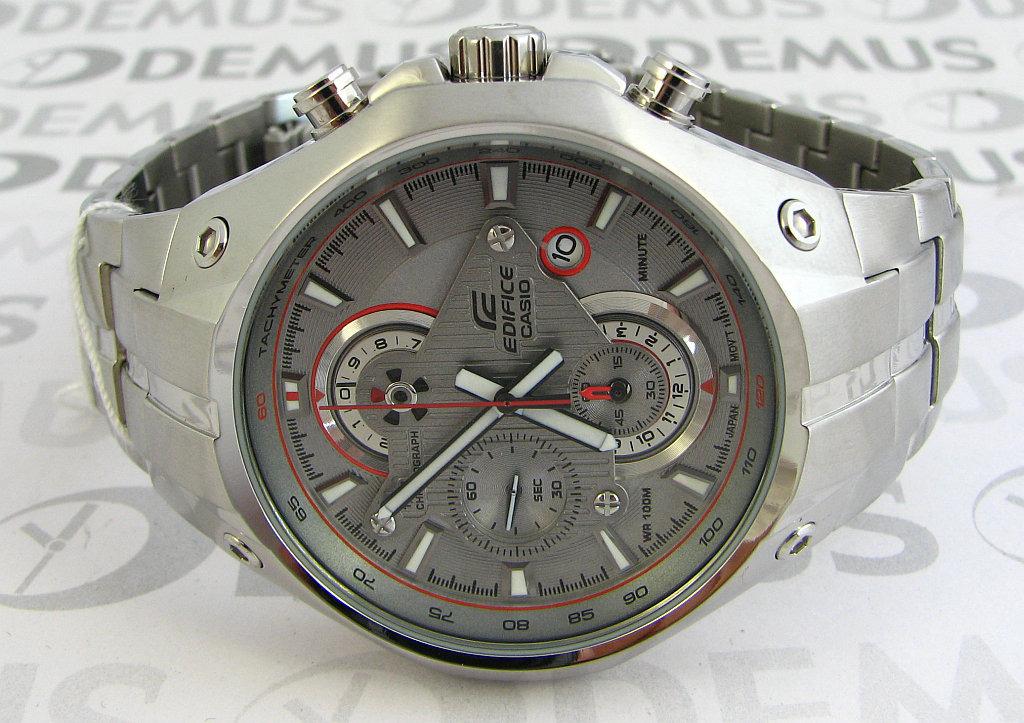 Đồng hồ nam Casio EFR-521D-7A Tachymeter phong cách chụp ngang.
