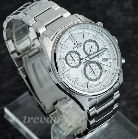 Đồng hồ nam chính hãng Casio EFR-525D-7AV chụp xéo.