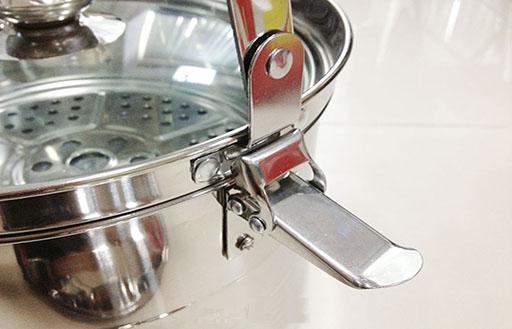 Chốt an toàn giữ nồi nấu và nồi ủ chân không Shachu 7 lít