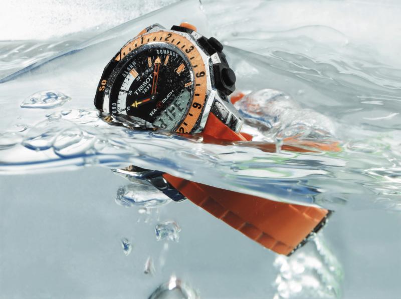 Độ chịu nước và chất liệu đồng hồ Tissot Thụy Sỹ