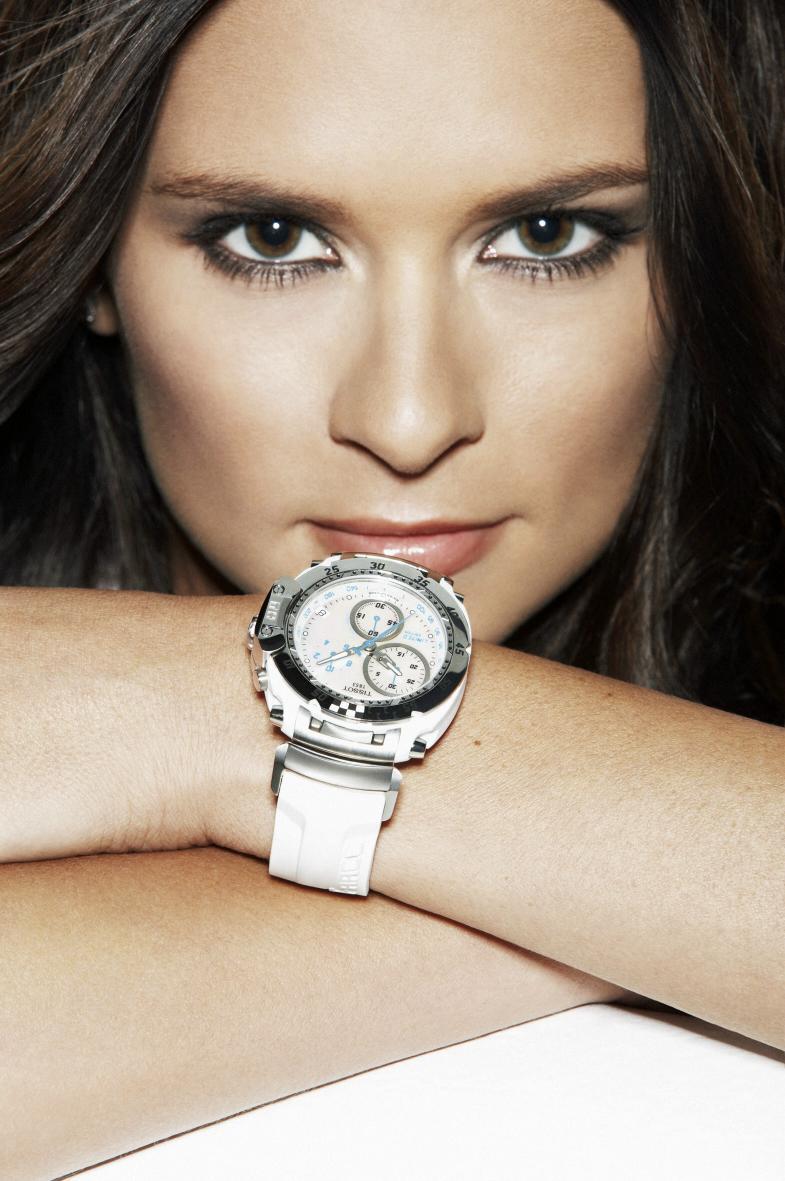 Đại sứ đồng hồ tissot Danica Patrick đồng hồ t-race quyến rũ
