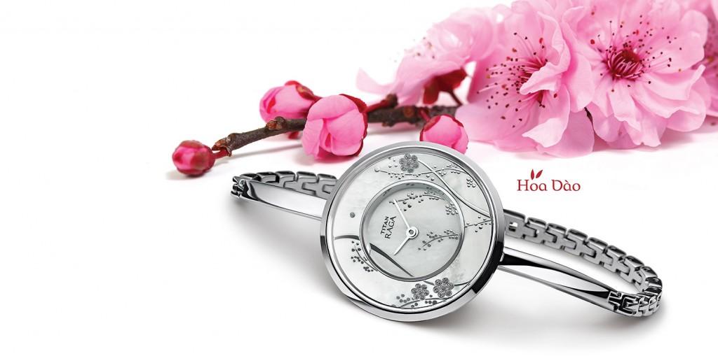 Đồng hồ hàng hiệu lấy cảm hứng từ hoa đào