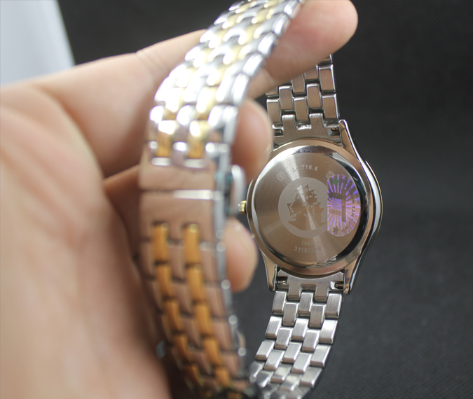 Đồng hồ Longines L4.774.3.00.3 thiết kế mặt sau