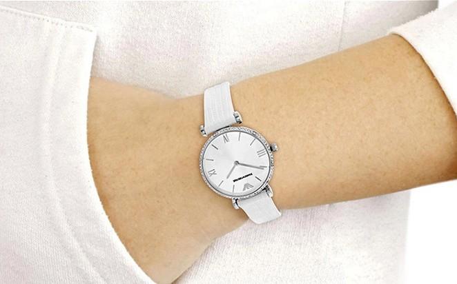 đồng hồ Armani 1680 sang trọng