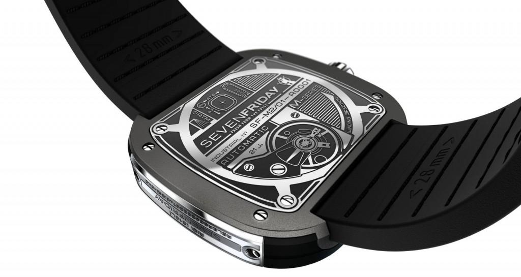 Đồng hồ Sevenfriday M2-1 thiết kế mặt sau