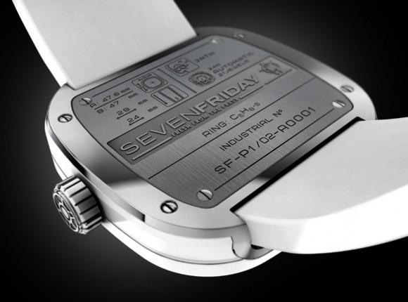 Đồng hồ Sevenfriday P1-2 mặt sau