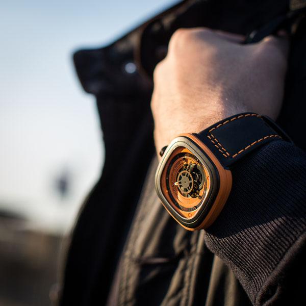 Đồng hồ Sevenfriday P1-3 cá tính