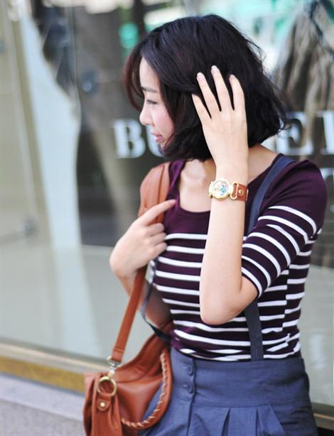 Đồng hồ đeo tay dây quai đẹp